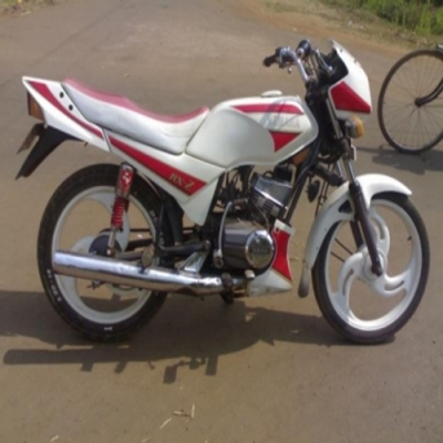 Yamaha RXZ Specfications And Features